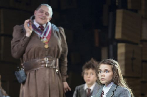 Oona Laurence in Matilda the Musical. So sad she left the show... Going to miss her