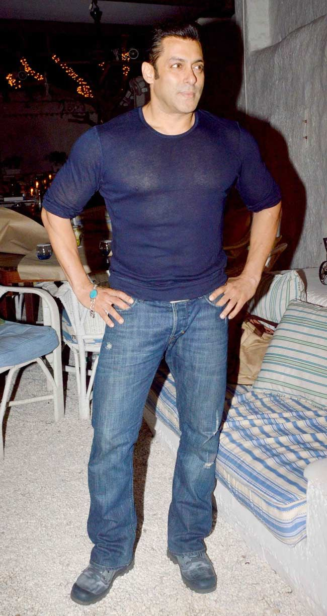 Salman Khan at 'Heropanti' success bash. #Style #Bollywood #Fashion #Handsome  to get more hd and latest photo click here http://picchike.blogspot.com/