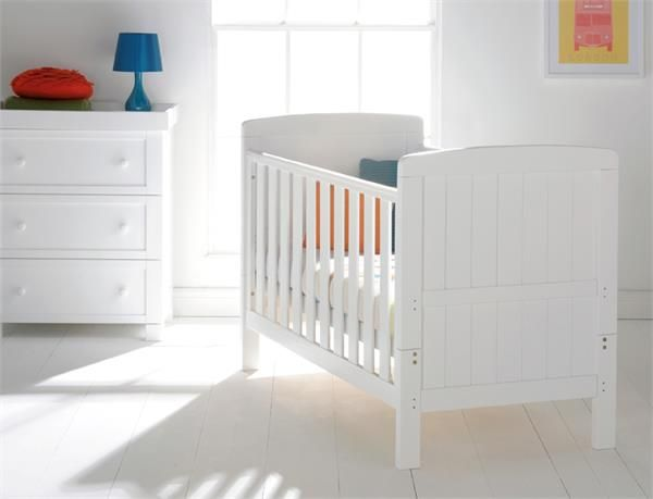 Austin Cot Bed White A Classic Timeless Shape With Gently Curved Ends And