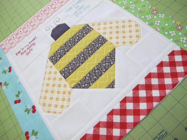 bumble quilt block
