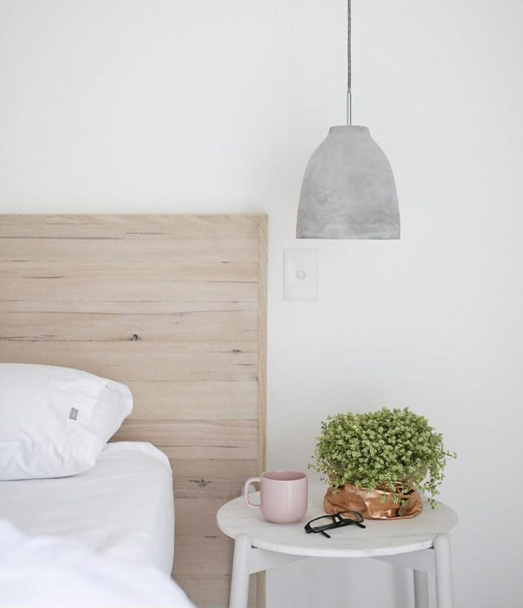 Coastal cool Scandinavian beach bedroom style | Minty Magazine - Issue 4