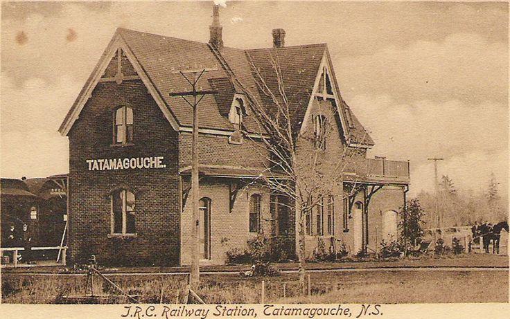 TATAMAGOUCHE , New Brunswick , Canada - Intercolonial Railway station - old postcard   - Neo Gothic Style Architecture  OL