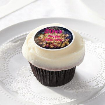 Happy New Year fireworks design frosting with customisable text.