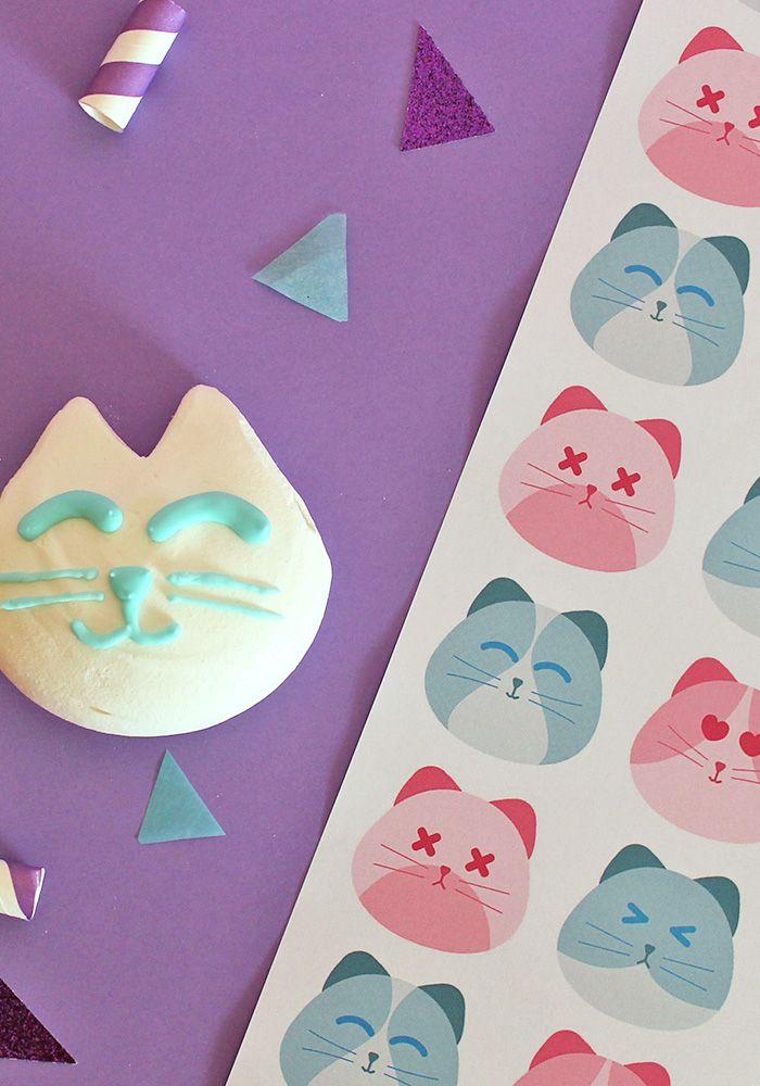 Scarica gratis il kit per stampare la carta da regalo con i gattini in stile kawaii. Vai sul blog e scaricala gratis!