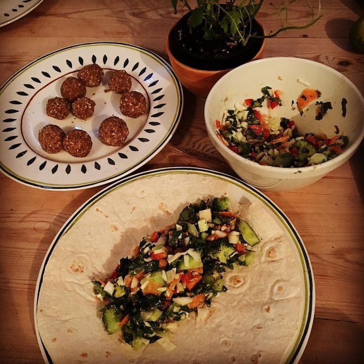 Healthy tortilla wrap with cabbage coriander  carrots lettuce pepper tahini lime chili & some energy balls for desserts. #healthy #vegetarian #veganlife #veganism #veganfoodporn #energy #healthyfood #healthyeating