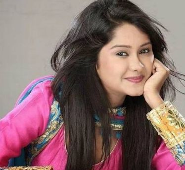 Kanchi Singh Wiki, Biography, Age, Height, Weight, Husband, Family