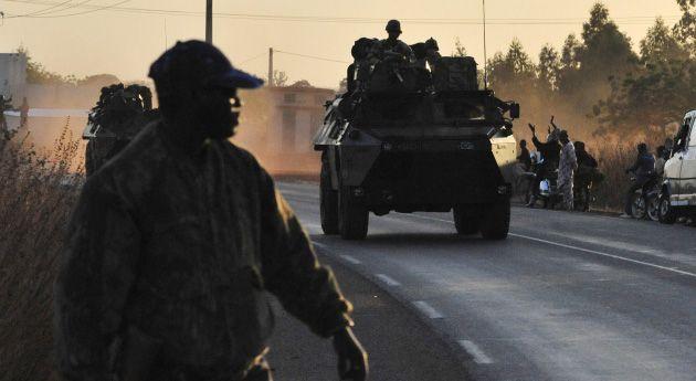 @QuezadaNews Las noticias desde Africa occidental Malí, el desierto en llamas