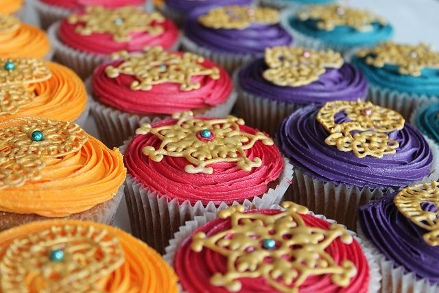 Bollywood henna cupcakes by Maryam's Kitchen, via Flickr