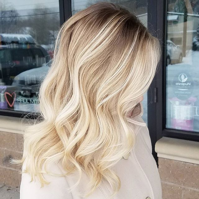 Winter blonde Balayage. This is her natural base color with Balayage hilites using @oligopro Blacklight Balayage clay lightener and olaplex. Toned with PM SHINES 9V and 9NB