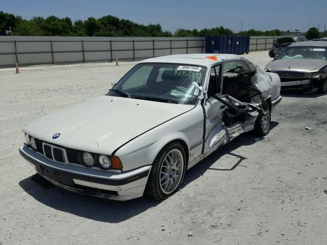 1989 Bmw 535i 5series Bmw5series E34 Bmwe34 Totaled Scrap Salvage Partout Destroyed Bmwgraveyard Wrecked Wreckedbmw Lasveg Bmw Bmw Love Bmw E34