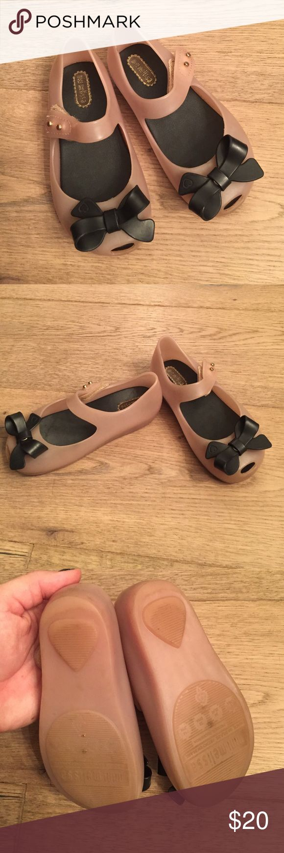 Mini Melissa jelly shoes These are amazing!! My girls love these comfy jellies and they smell so good too! Normal wear but they still look GREAT! Size 8 toddler Mini Melissa Shoes Dress Shoes