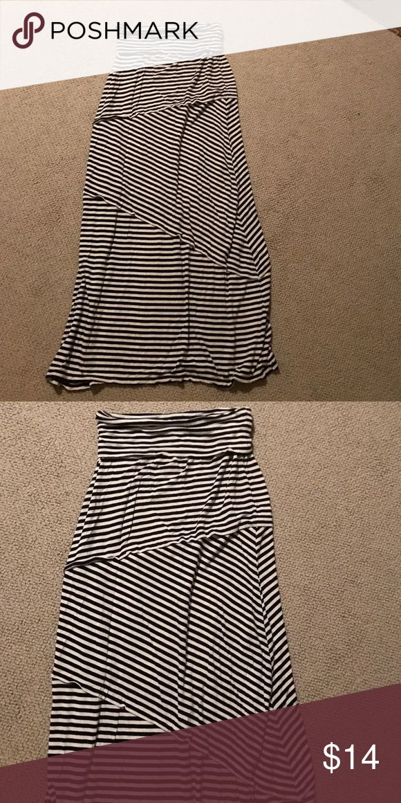 Stripe Maxi Skirt Super cute. I have worn this 3 times. Super comfortable. Need to clear out my closet for college! Time to get rid of some items :) no trades but offers welcome! Skirts Maxi