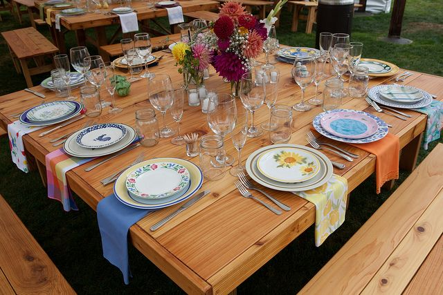 Mismatched China for a farm wedding