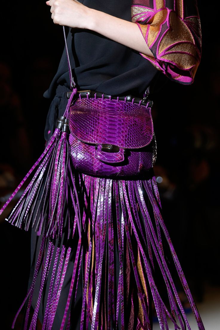 Gucci Spring 2014 RTW - Details - Fashion Week - Runway, Fashion Shows and Collections - Vogue