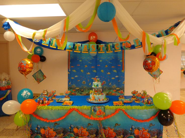 17 best images about homecoming 2014 on pinterest keep for Nemo decorations