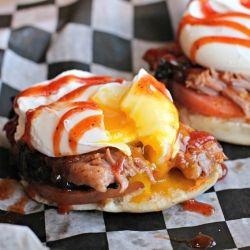 Brisket BBQ Eggs Benedict #recipe #eggs #BBQ