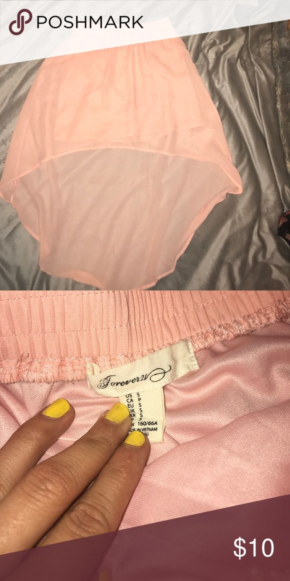 Pink spring hi low skirt Pink hi low skirt! Perfect for spring and summer. Forever 21 Skirts High Low