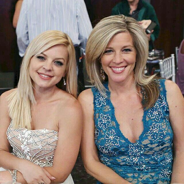 Kirsten Storms and Laura Wright
