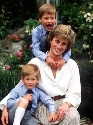 Princess Diana with Princes Harry and William in 19888. CAMERA /PRESS/A.G. /Carrick