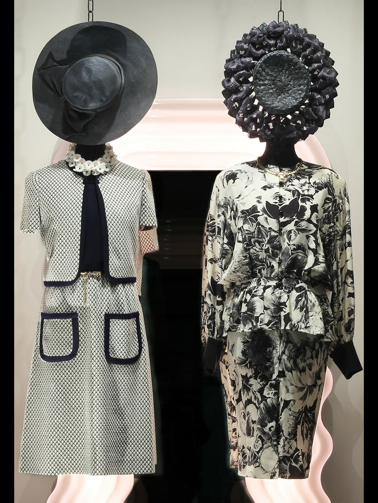 On the left wearing:1950s Guy Laroche dress, 1950s daisies necklace, 1970s golden belt with strass, 1980s Florentine straw hat.   Outfit on the right:1980s Lanvin silk suit, 1980s Vogue Bijoux necklace, 1950s American straw hat.