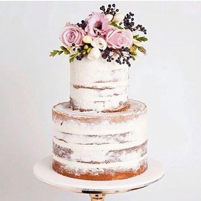 Apaixonada por este bolo efeito patinado que vi no ig @dentrodocasamento