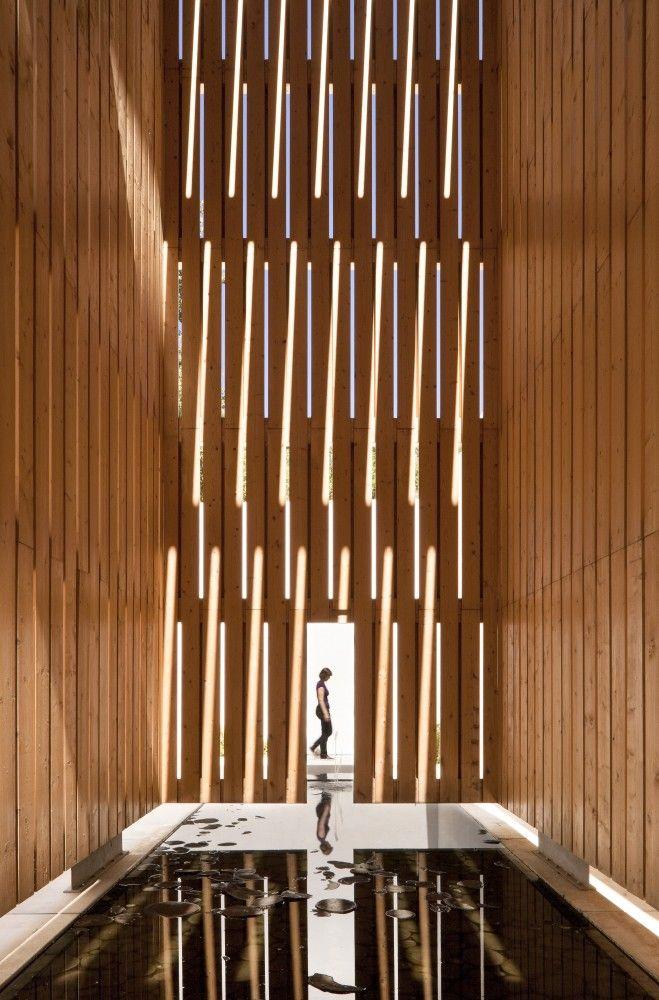 Water Museum / Juan Domingo Santos