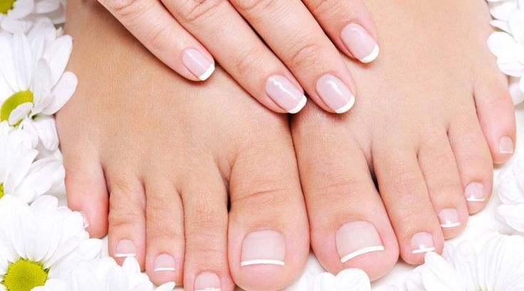 Suffering from Nail Infection / Fungus? Know the Symptoms of Nail Infection and What Causes Nail Fungus? Check out home remedies for nail fungus infection.