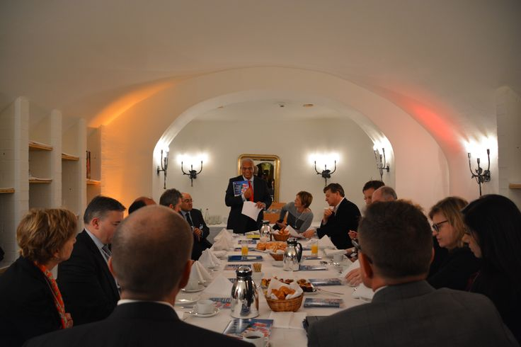 KPMG @ WEF 2015: Lord Michael Hastings at the Healthcare in Africa breakfast with UN Global Impact and Gates Foundation.