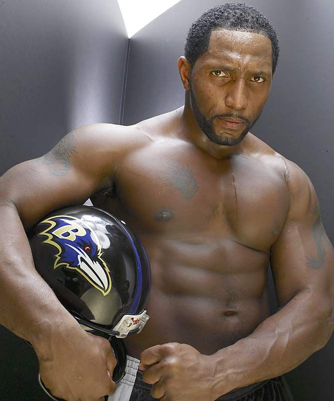 Shawne Merriman Naked  Shirtless And Nude Male Athletes -7106