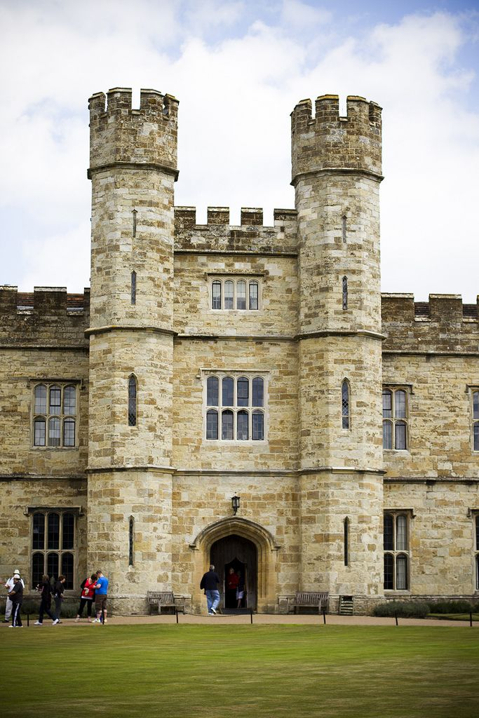 Leeds Castle Tower entrance, Maidstone, Kent, England, UK