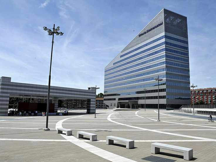 Inaugurata al Portello la piazza più grande di Milano