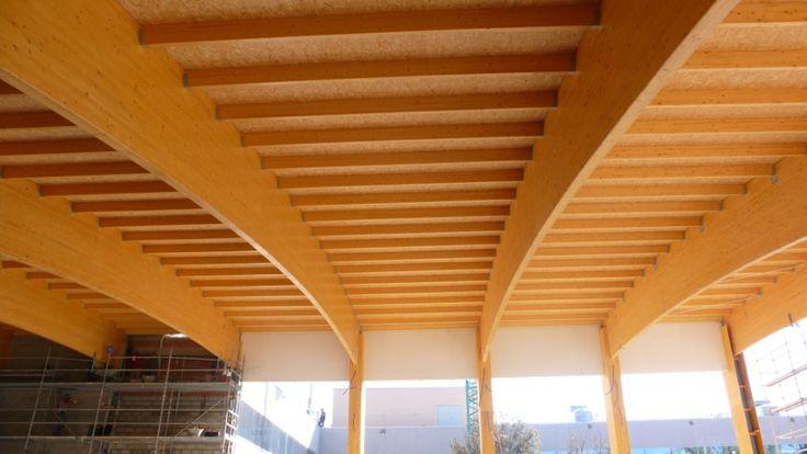 THERMOCHIP® en los techos de las piscinas municipales del Polideportivo Los Cantos en Madrid | #panel #THERMOCHIP #madera #piscina #interiordesign #construcción #arquitectura