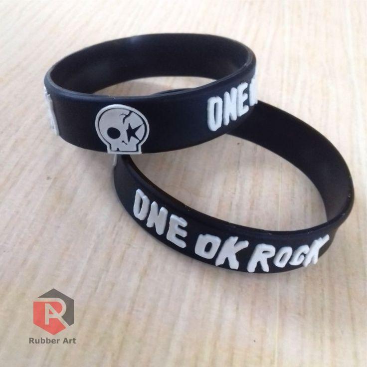Wristband / Gelang karet Distro clothing One Ok Rock Desain bebas costum #gelangkaret #gelangcostum #wristband #aksesoriskaret