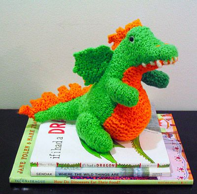 Norberta The Dragon ~ Free knitting Pattern Cr.Kn. Toys-Dragons Pinterest...