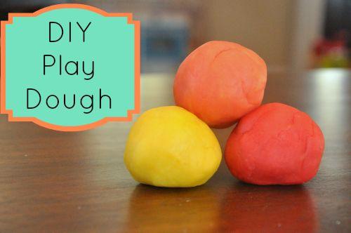 I love safe DIY Play Dough! #kids #playdough #momtips