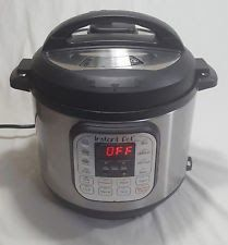 Instant Pot IP-DUO60 Stainless Steel 6-Quart 7-in-1 Pressure Cooker. - USED