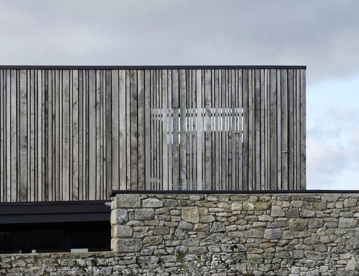 les 25 meilleures id es de la cat gorie bardage bois sur pinterest facade bois bardage bois. Black Bedroom Furniture Sets. Home Design Ideas
