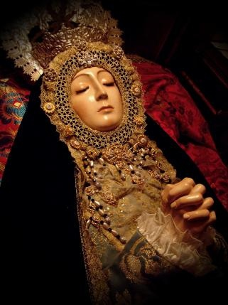 An image of Mary on her deathbed known as the Virgin of the Dormition in Valencia, Spain.: Dormit, Valencia Spain, Blessed Mothers, Golden Madonna, Deathb, La Madonna, Bunda Maria, Lady, Image