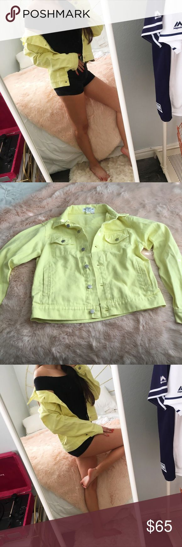 American Apparel Unisex Yellow Denim Jacket American Apparel Rare Unisex Yellow Denim Jacket Bright neon yellow jean material Size small (fits xs-medium depending on how oversized you want the look) Retail $125 (sold out/no longer avaliable)  In good condition, coloration flaw shown in photo (I bought from a resale app so it came to me that way) And 1-2 tiny marks on the jacket not noticeable when worn  I've seen this sell around 90 when NWOT Not avaliable (as far as I can tell) anywhere…