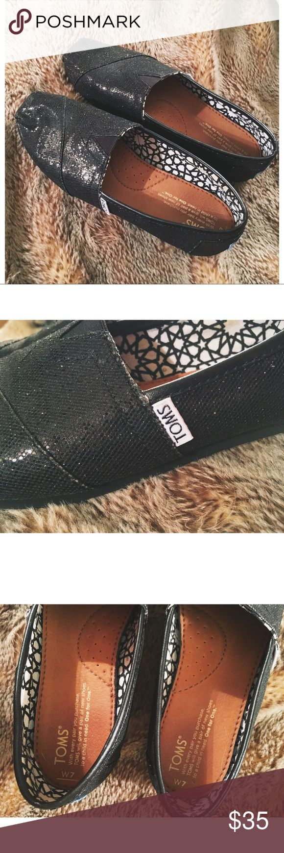 Black Glitter TOMS Worn only a few times! Never got into the trend too much so they just sat in my closet for a couple of years ! Size women's 7! Toms Shoes Flats & Loafers