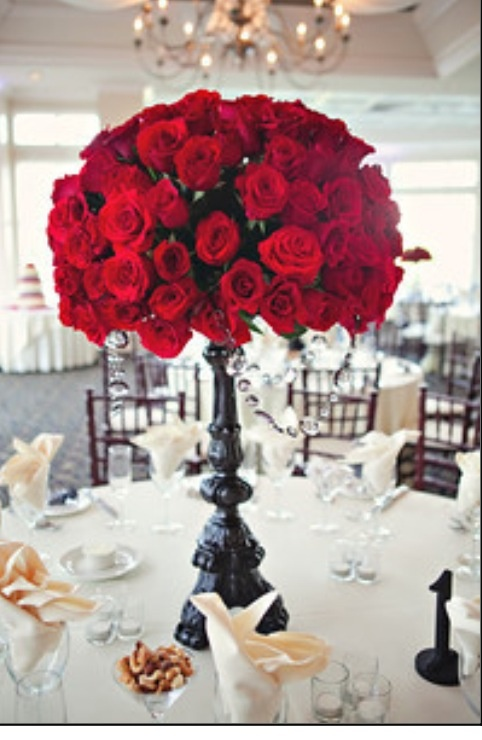 Red roses centerpiece for wedding ideas