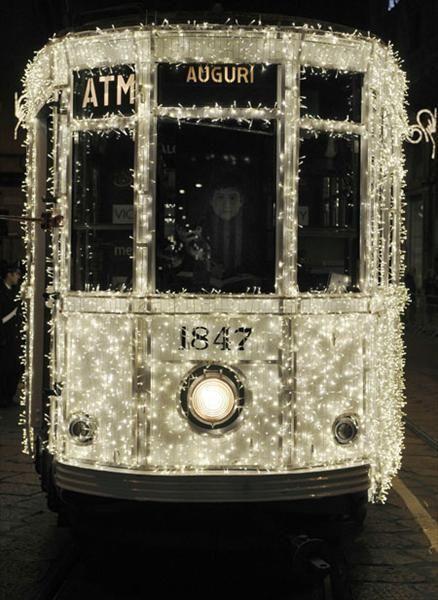 christmas tram in milan- wish this'd happen in ny @Nadrah Saleema
