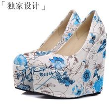 15 CM tamaño 34-43 2015 estilos coreanos mujeres moda impresión de la flor plataforma cuñas zapatos de la señora bombas Club del partido atractivos F3402(China (Mainland))
