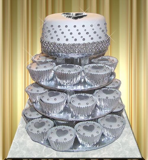 silver wedding cake pictures 17 best ideas about silver wedding cakes on 19881