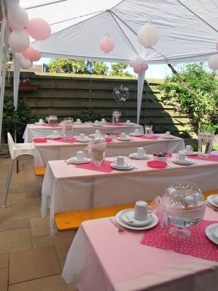 Versieringen communie, in roze en wit