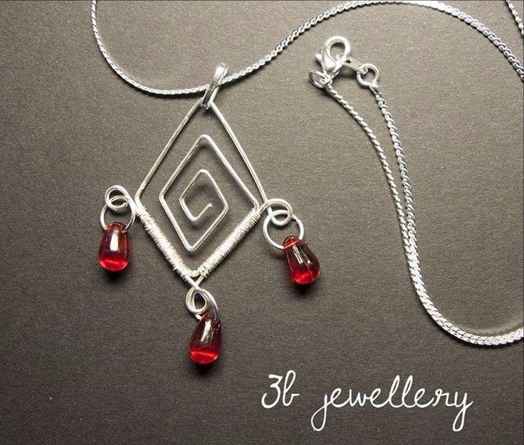 #vampire #tears #pendant #3bjewellery #wirewrapping #beginner