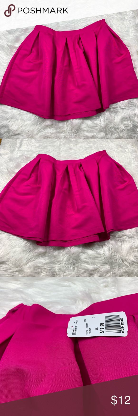 Hot Pink Pleated Skater Skirt (NWT) This fun and flirty ...