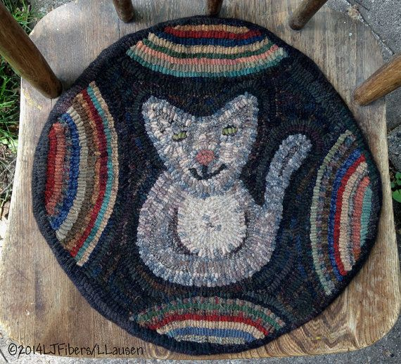 Prim Kitty Chair Rug Hooking Pattern by woolyredrug on Etsy (Craft Supplies & Tools, Patterns & Tutorials, Fiber Arts, Rugmaking, rug hooking, rug pattern, primitive, wool, folk art, l j fibers, the wooly red rug, hand dyed wool, chair pad, colonial, early american, rustic, cat)