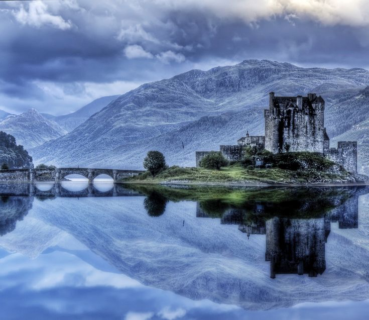 (Between Inverness & Skye) Eilean Donan castle was built in the early 13th century as a defense against the Vikings. By the late 13th century it had become a stronghold of the Mackenzies of Kintail. The castle was restored in the 1920s and is the home of the Clan Macrae.