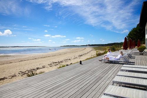 Beautiful terrace of a thalassotherapy centre on Oleron island  CRTPC2010-2015©M.Anglada  http://www.holidays-france-atlantic.com